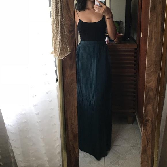 e7e80e909db Forever 21 Skirts | Pleated Emerald Green Maxi Skirt | Poshmark